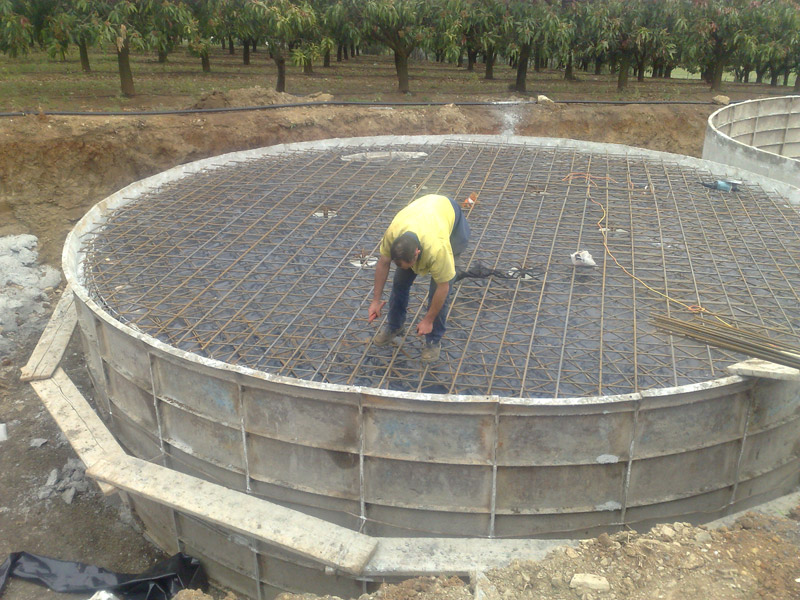 Underground Water Tank Construction : Concrete rainwater tanks australia commercial water
